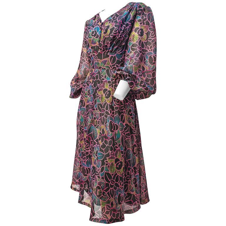 70s Floral Printed Chiffon Dress  In Excellent Condition For Sale In San Francisco, CA