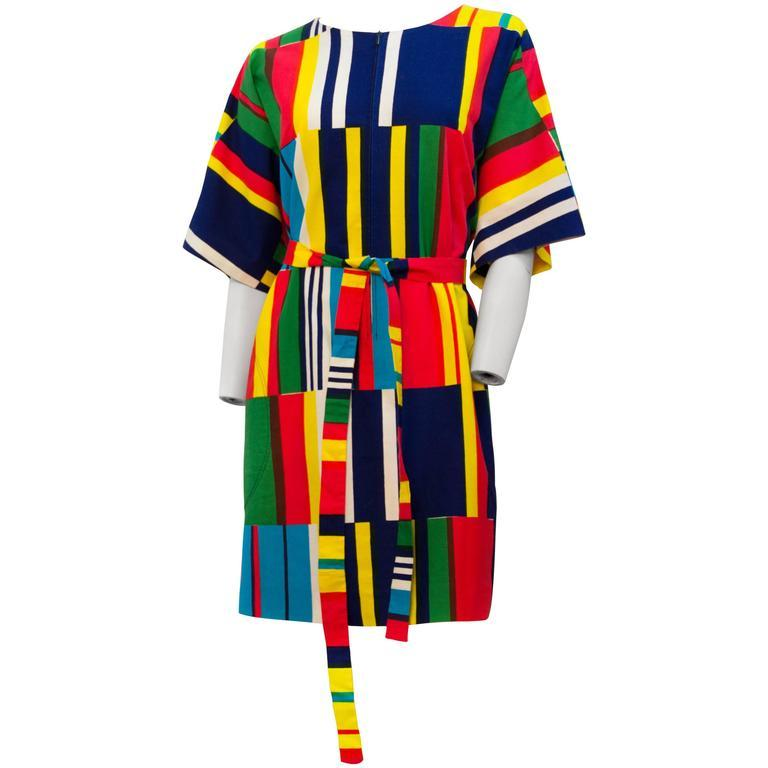 70s Marimekko Printed Dress with Sash  In Excellent Condition For Sale In San Francisco, CA