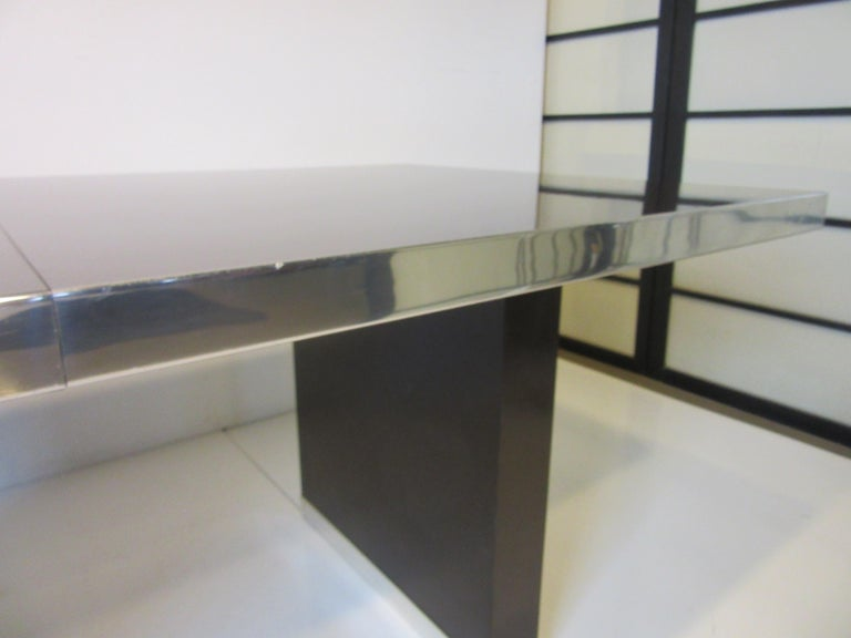 70's Pierre Cardin Pedestal Dining Table For Sale 3