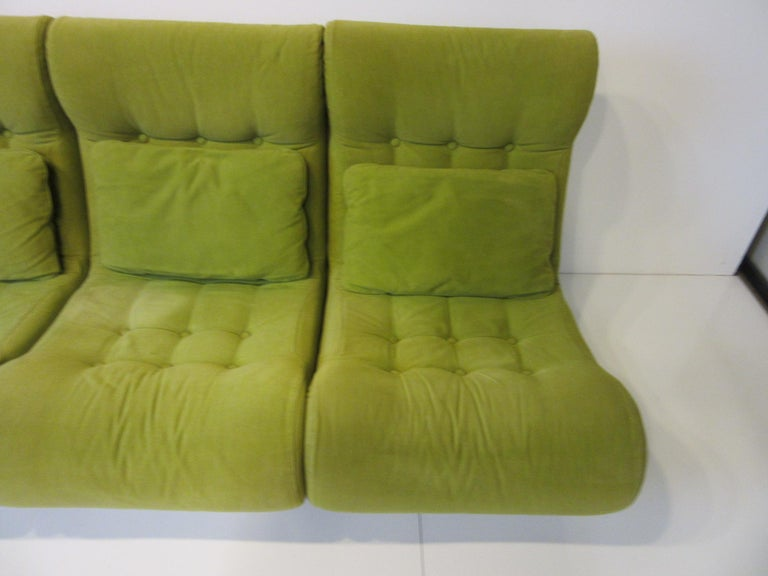 1970s Space Age 3-Piece Sofa or Loveseat in the Style of Luigi Colani For Sale 4