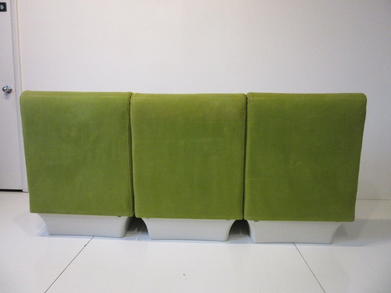 1970s Space Age 3-Piece Sofa or Loveseat in the Style of Luigi Colani For Sale 5