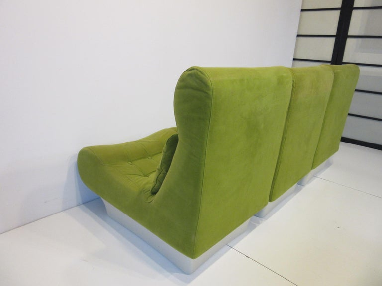 1970s Space Age 3-Piece Sofa or Loveseat in the Style of Luigi Colani For Sale 6