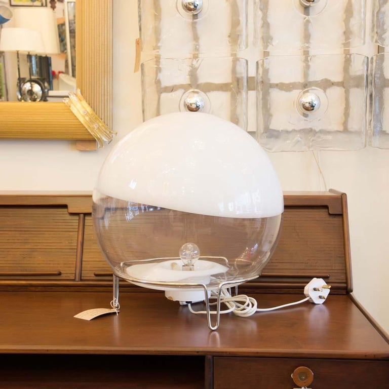 Late 20th Century Space Age Lamp White and Clear Blown Glass Shade Italian Design Mangiarotti For Sale