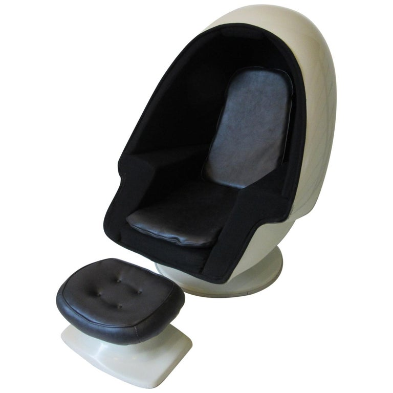 70's Space Age Stereo Egg Chair w/ Ottoman by Lee West Co. For Sale