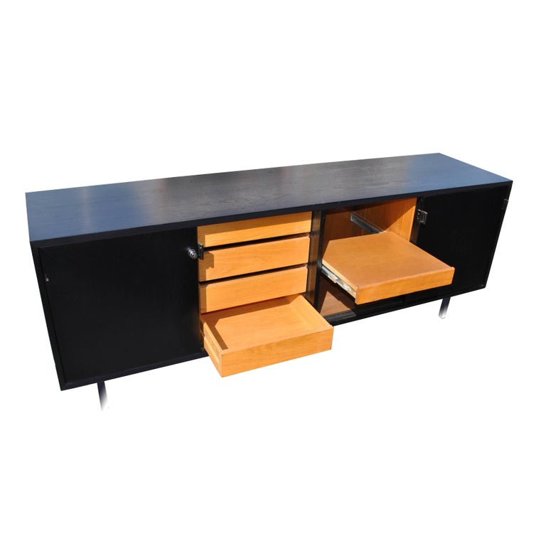 American Vintage Midcentury Florence Knoll Credenza For Sale