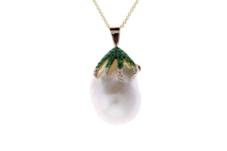 Contemporary 7.11 Carat Pearl, Emerald and Diamond Pendant For Sale