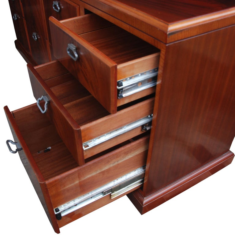 ICF Helikon Flame Mahogany Credenza In Good Condition For Sale In Pasadena, TX