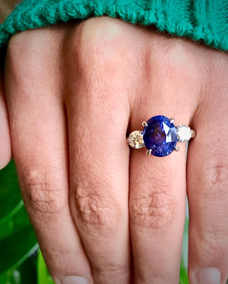 7.18 Carat GIA No Heat Color-Changing Sapphire Diamond Engagement Ring 18K For Sale 8