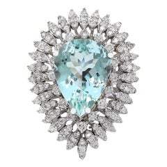 7.18 Carat Natural Aquamarine 18 Karat Solid White Gold Diamond Ring