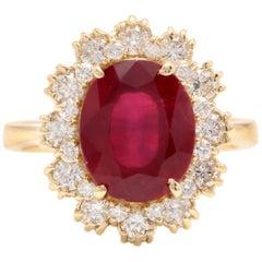 7.20 Carat Impressive Natural Red Ruby and Diamond 18 Karat Yellow Gold Ring