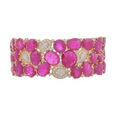 73.29 Carat Ruby Diamond 18 Karat Yellow Gold Handcuff Bracelet