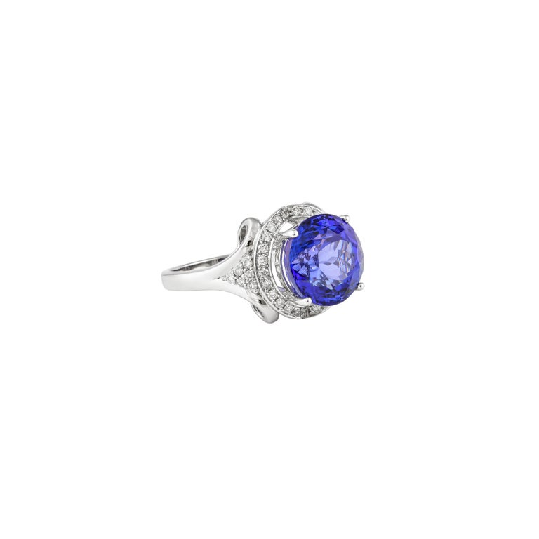This collection features a selection of the most tantalizing Tanzanites. This enchanting East African gemstone can only be procured from one mine in the foothills of Mount Kilimanjaro, Tanzania. We have accented the rich purple-blue hues of the