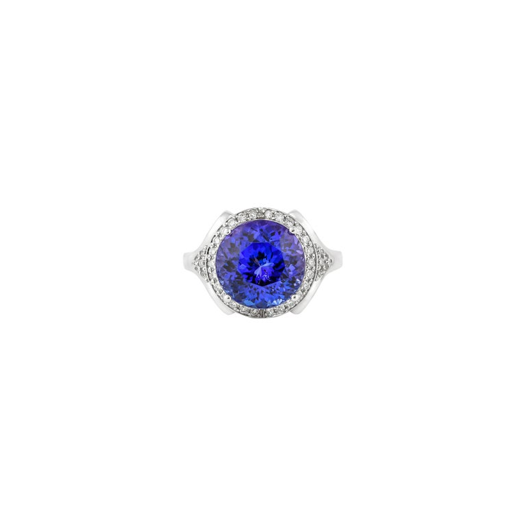 Women's 7.4 Carat Tanzanite and White Diamond Ring in 18 Karat White Gold For Sale