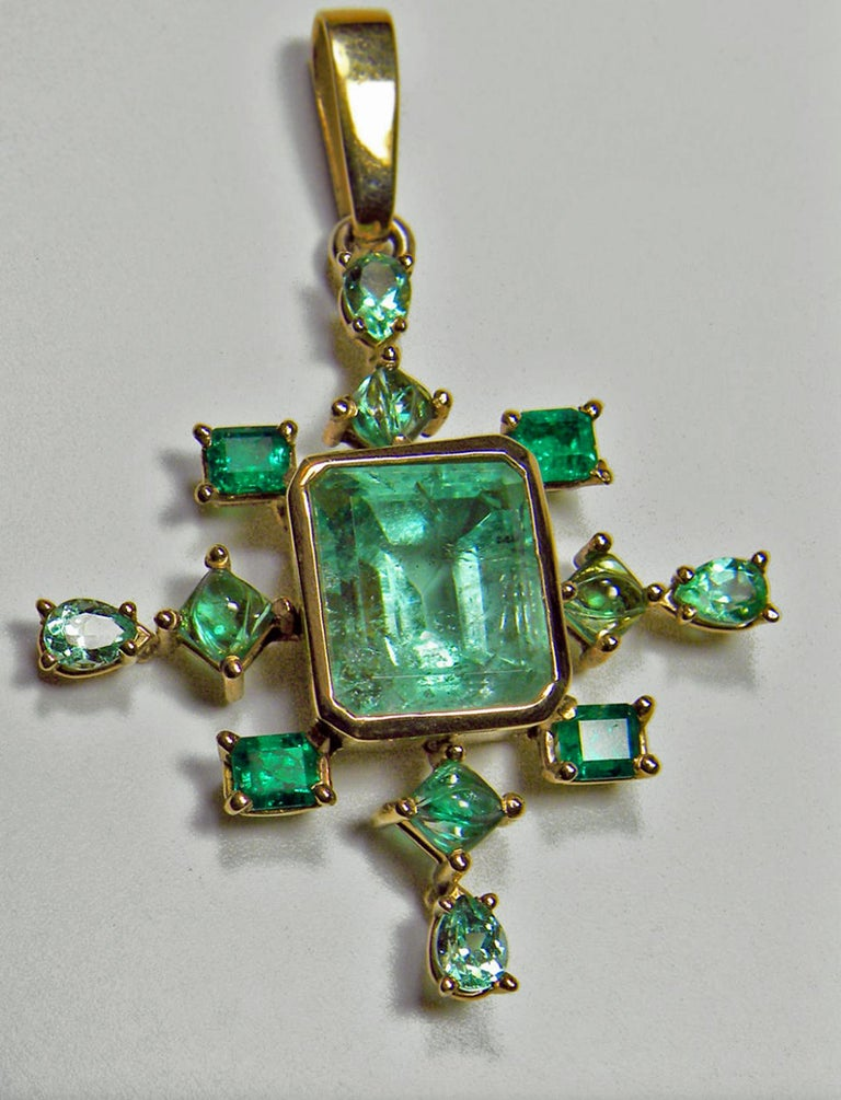 7 40 Carat Cluster Natural Colombian Emerald Pendant Gold