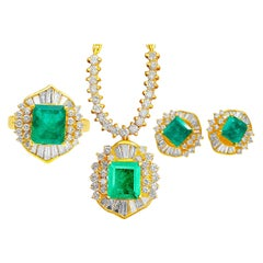 7.41 Carat Colombian Emerald and Diamond Pendant, Earring and Ring 18K Gold Set