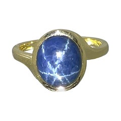 7.42ct Star Sapphire 18kt Yellow Gold Ring