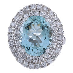 7.44 Carat Natural Aquamarine 18 Karat White Gold Diamond Ring