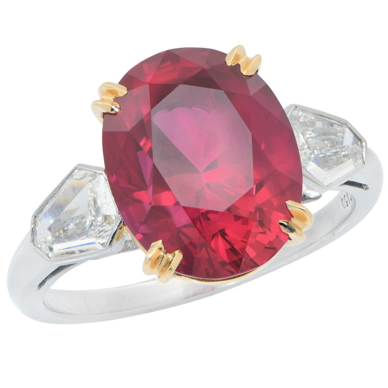 Modern 7.47 Carat GRS Graded No Heat Pigeon's Blood Mozambique Ruby and Diamond Ring For Sale