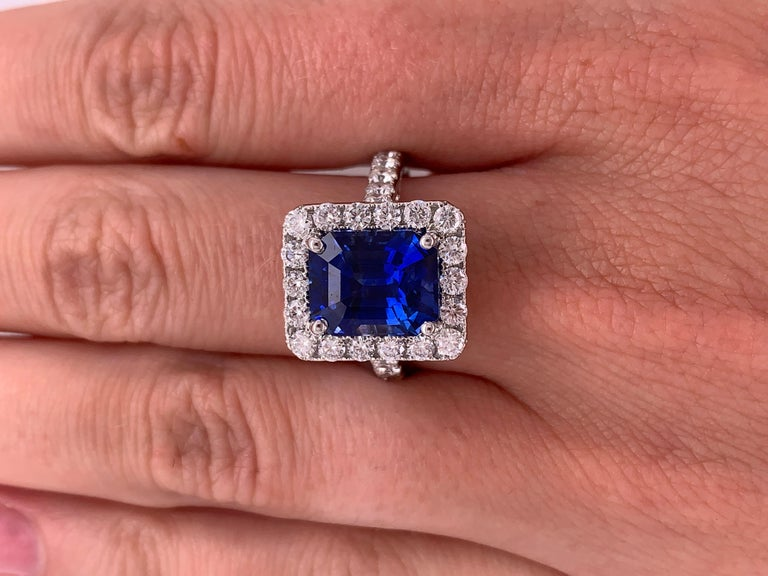 Women's or Men's 7.50 Carat Royal Blue Emerald Cut Sapphire Diamond Ring For Sale