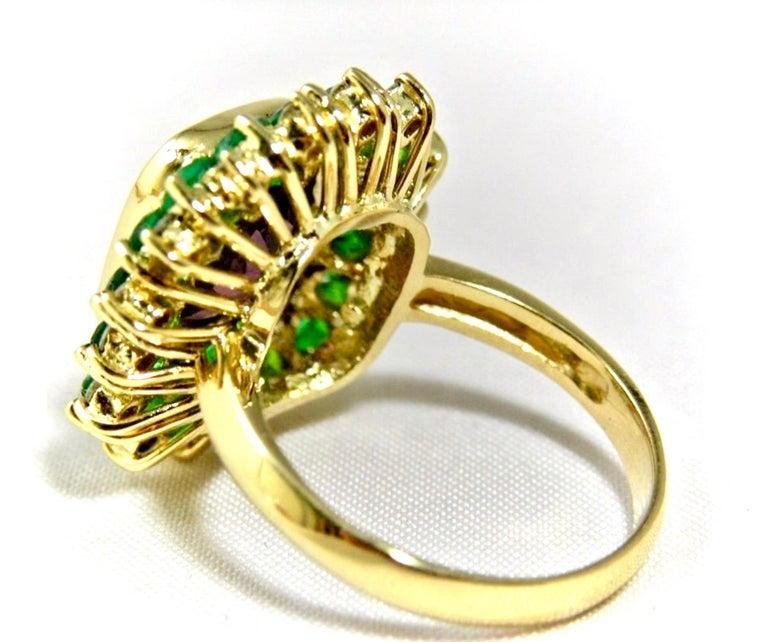 7.55 Carat Fine Spinel Emerald Diamond Cocktail Ring 18 Karart For Sale 1