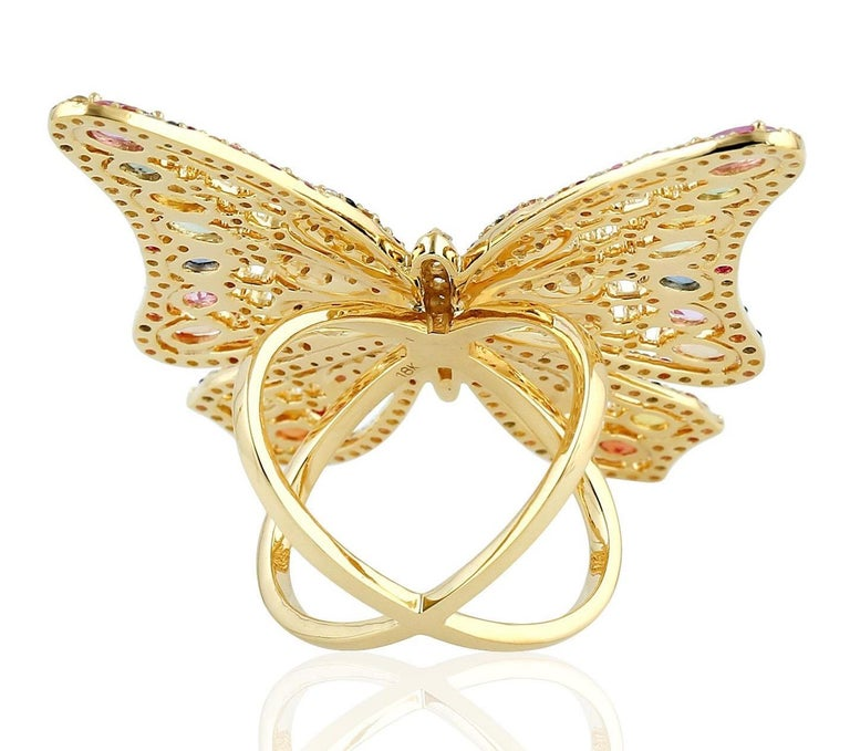Contemporary 7.59 Carat Rainbow Sapphire Diamond Butterfly Ring 18 Karat Yellow Gold For Sale