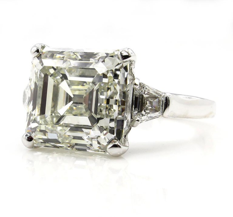 Asscher Cut 7.59 Carat Art Deco Style Asscher Diamond Wedding Platinum Ring EGL USA For Sale