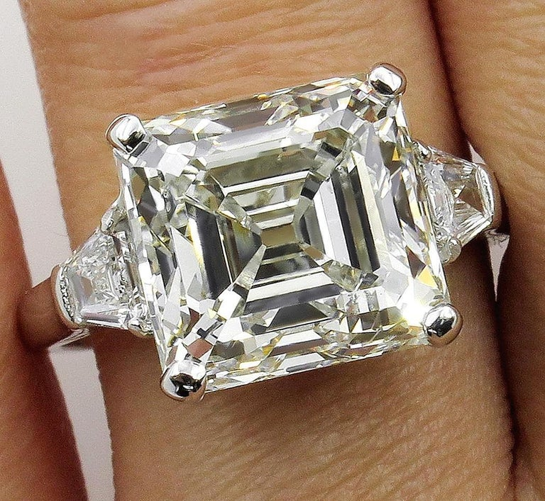 7.59 Carat Art Deco Style Asscher Diamond Wedding Platinum Ring EGL USA For Sale 3