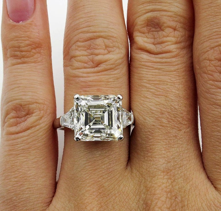 7.59 Carat Art Deco Style Asscher Diamond Wedding Platinum Ring EGL USA For Sale 4