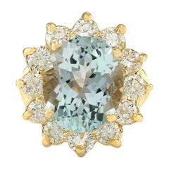 7.60 Carat Natural Aquamarine 18 Karat Yellow Gold Diamond Ring
