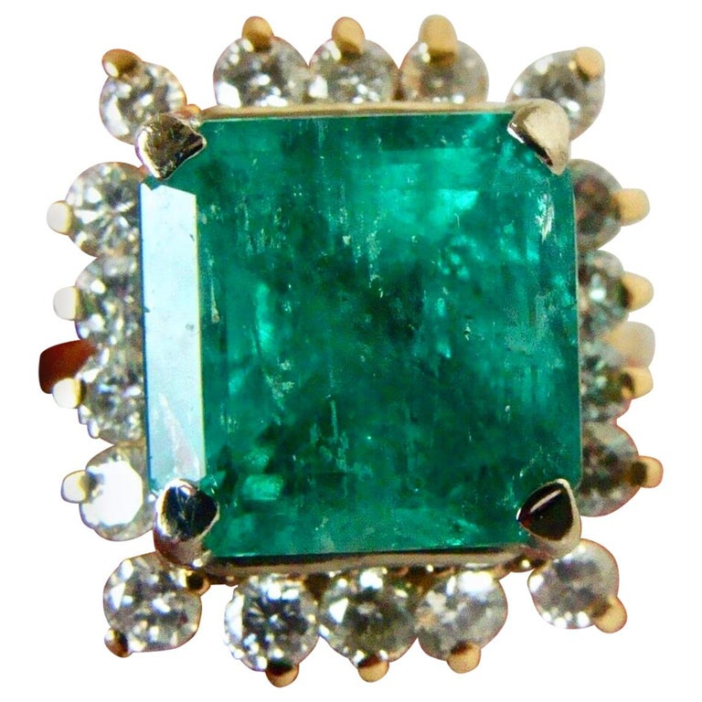 7.60 Carat Natural Colombian Emerald and Diamond Ring For Sale