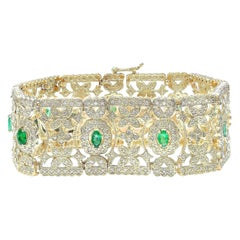 7.63 Carat Emerald 18 Karat Solid Yellow Gold Diamond Bracelet