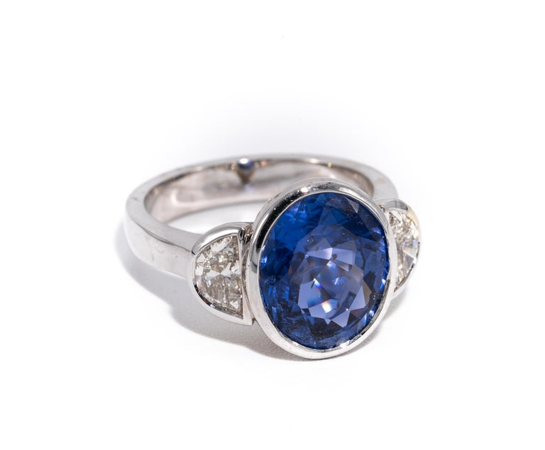 Contemporary 7.81 Carat Natural Sapphire 'No Heat Treatment' Ring by the Diamond Oak For Sale