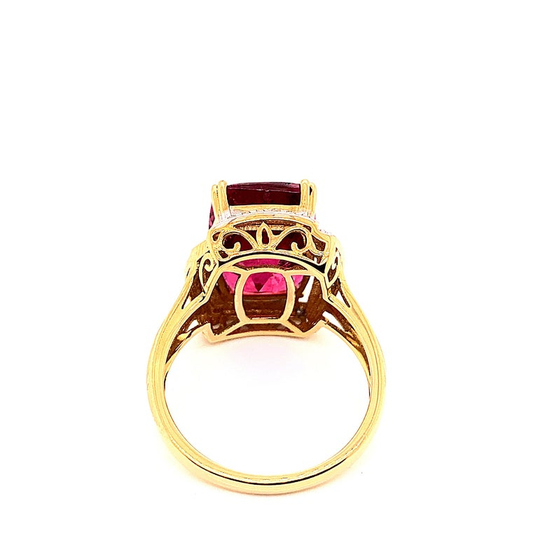 7.86 Carat Cushion Shaped Rubelite Ring in 18 Karat Yellow Gold with Diamonds In New Condition For Sale In Hong Kong, Kowloon