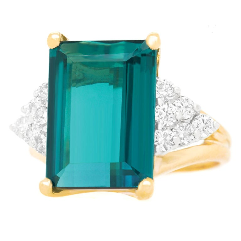 Emerald Cut 7.86 Carat Tourmaline and Diamond-Set Gold Ring For Sale