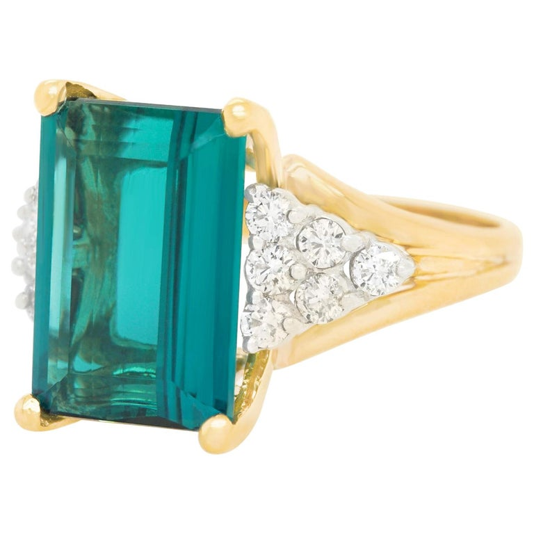 7.86 Carat Tourmaline and Diamond-Set Gold Ring For Sale