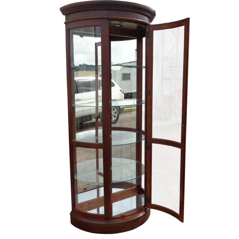 American Classical Display Cabinet by Pulaski Furniture Corporation For Sale