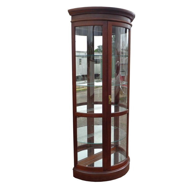 Display Cabinet by Pulaski Furniture Corporation For Sale