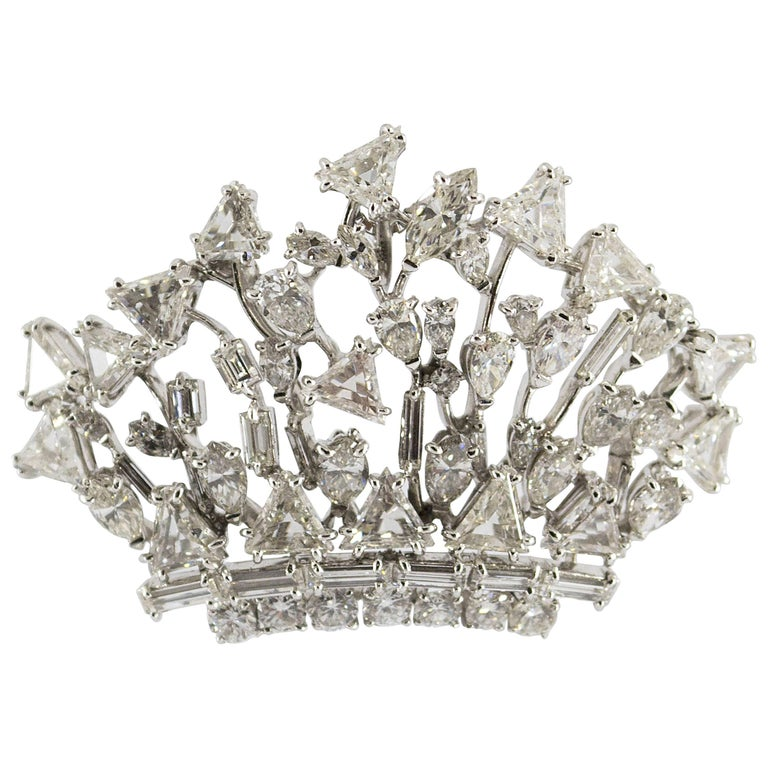 "7.90 Carat Diamond Platinum ""Crown"" Pendant-Brooch For Sale"
