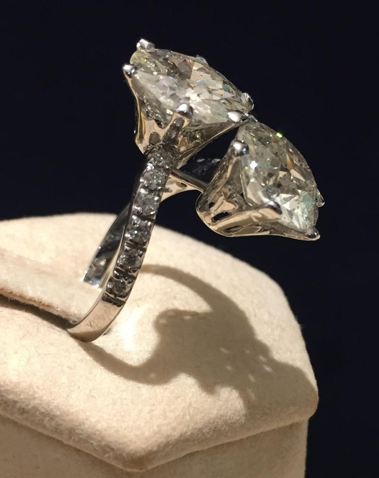 7.95 Carat Diamond Old Cut Toi Et Moi Ring In Excellent Condition In Palermo, IT