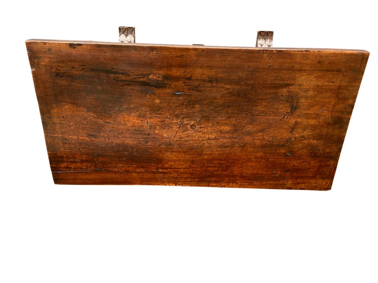 Baroque 17th Century Spanish Walnut Trestle Table For Sale