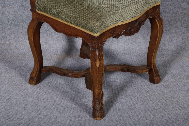 8 Baroque Chairs Liège 18th Century Oak For Sale 10