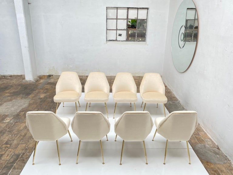 Amazing set of eight restored 'Campanula' dining chairs designed by Italian architect Carlo Pagani (architectural partner of both Gio Ponti and Lina Bo Bardi) for Arflex, Italy in 1952. These chairs have had their upholstery completely restored and