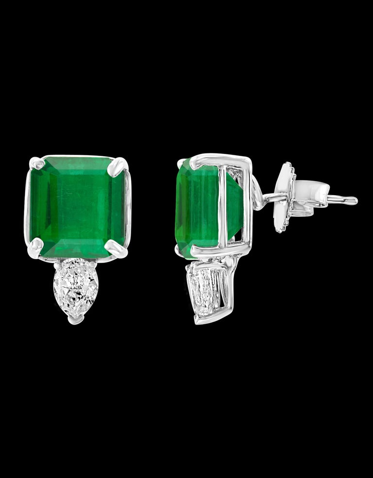 8 Carat Emerald Cut Emerald Diamond Stud Earrings 18 Karat Gold In Excellent Condition For Sale In Scarsdale, NY