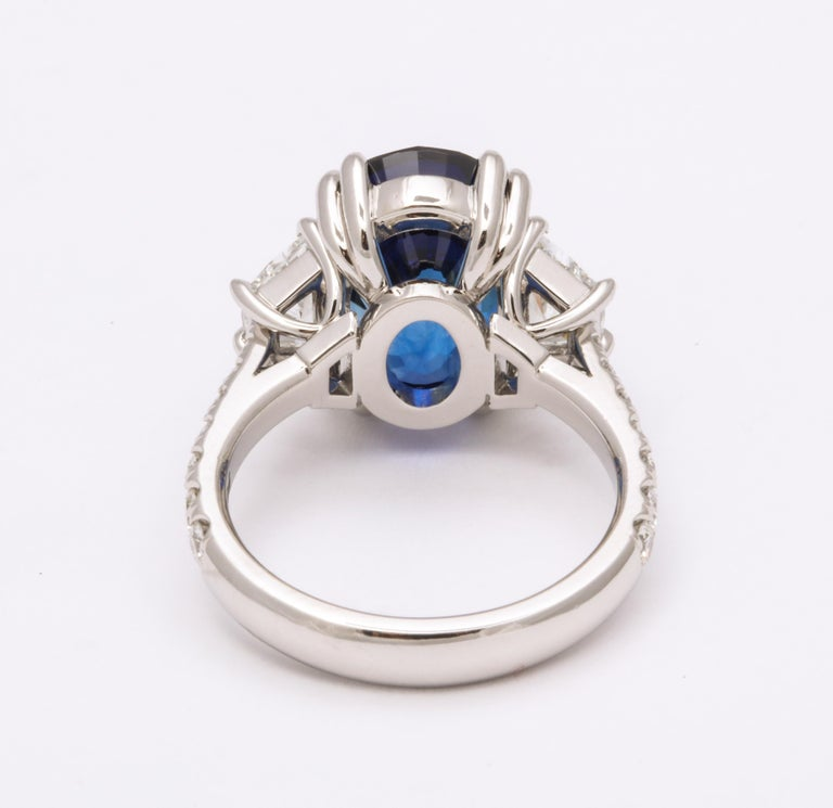 8 Carat Vivid Blue Sapphire and Diamond Ring For Sale 1