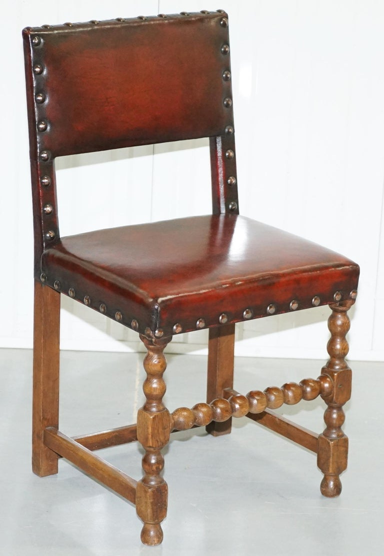 8 Solid Oak Bobbin Restored Hand Dyed Brown Leather Dining Chairs, circa 1900 For Sale 4