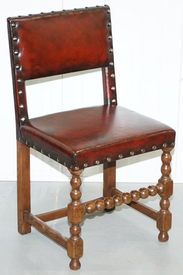 Edwardian 8 Solid Oak Bobbin Restored Hand Dyed Brown Leather Dining Chairs, circa 1900 For Sale