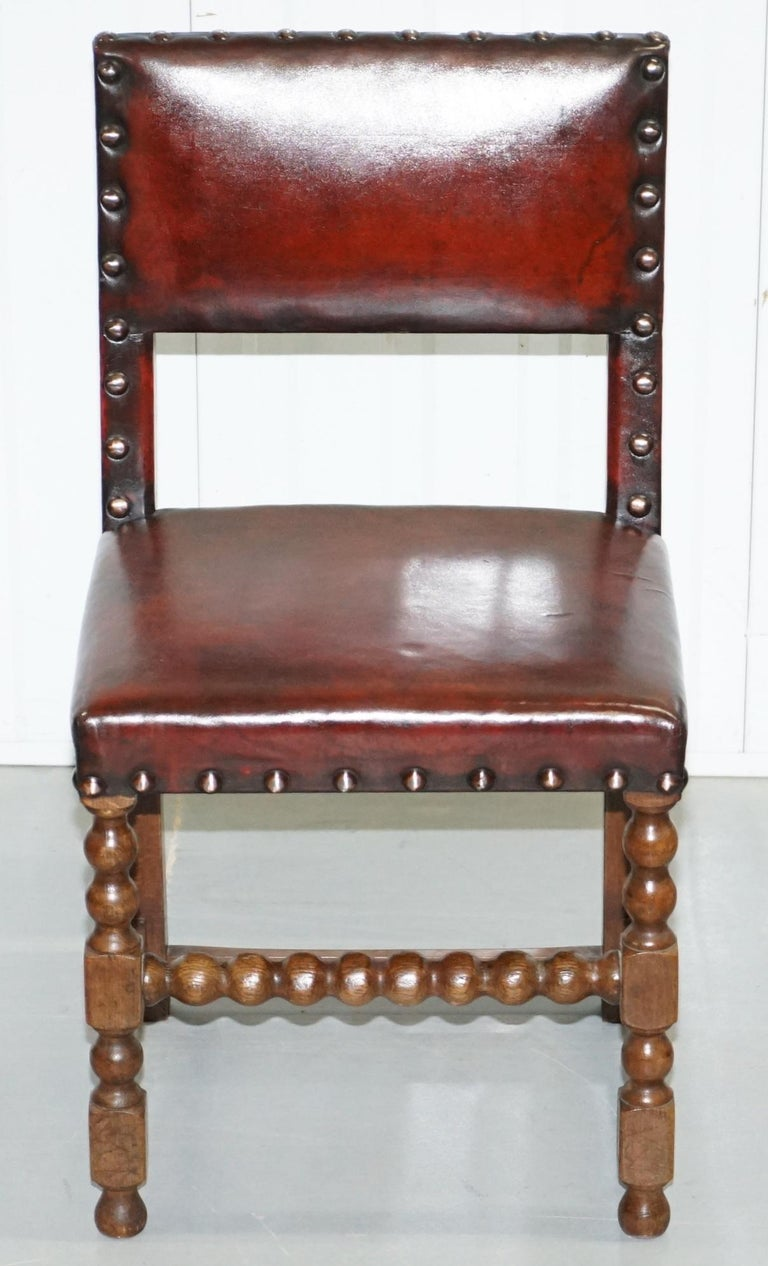 English 8 Solid Oak Bobbin Restored Hand Dyed Brown Leather Dining Chairs, circa 1900 For Sale