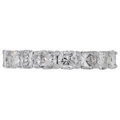 8 Cushion Cut Diamond Band