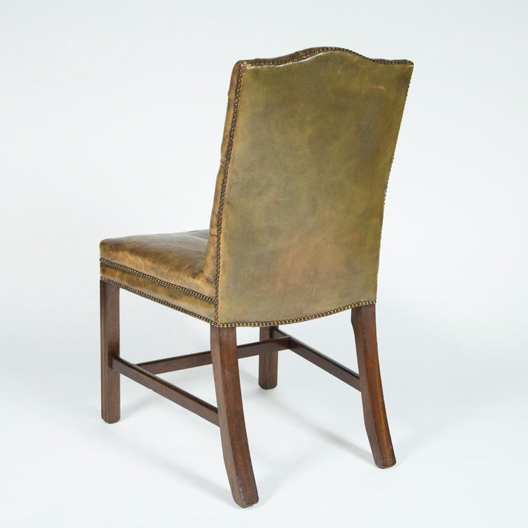 8 Dining Chairs with Leather Button Backs, 2 Carvers and 6 Standard Chairs For Sale 6