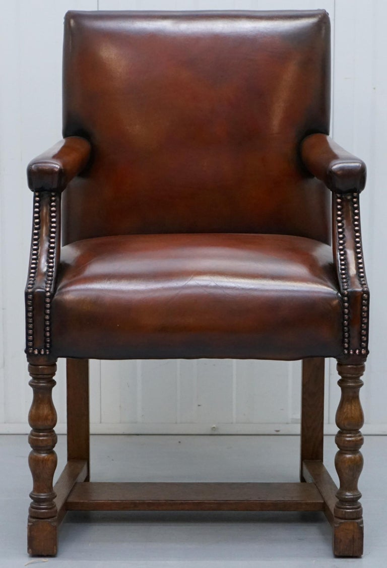 English 8 Howard & Son's Stamped circa 1900 Brown Leather Carver Gainsborough Armchairs For Sale